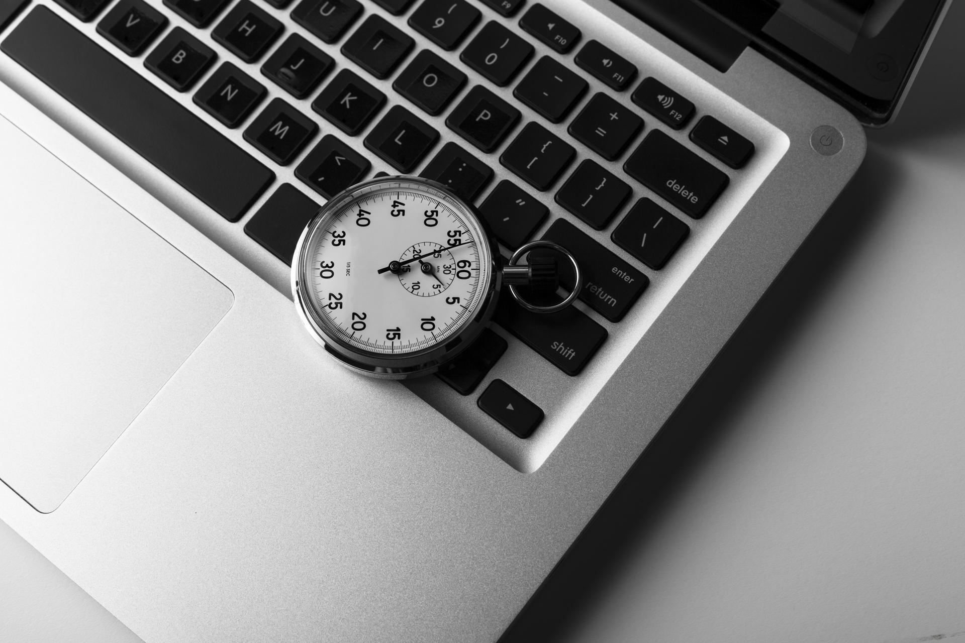 Ile czasu trwa stworzenie strony internetowej?
